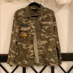 Forever 21 Army Shirt Jacket. Size M.